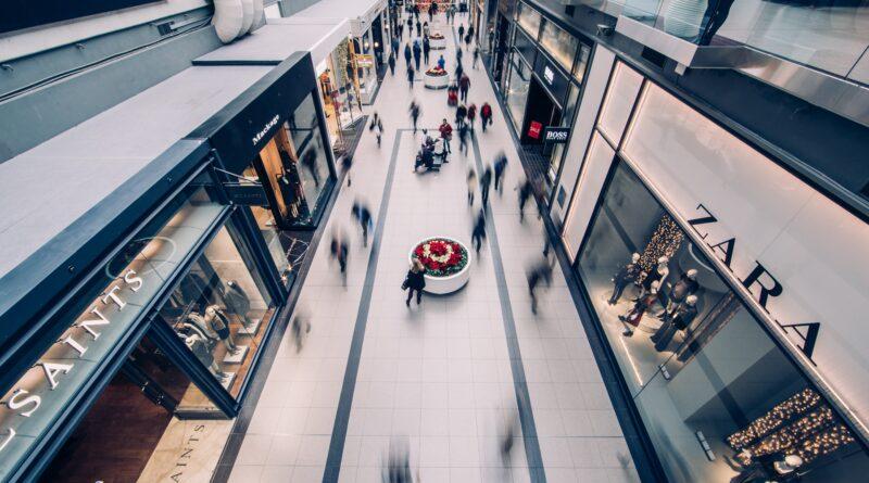 Centre commercial vue de haut en timelapse